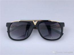 $enCountryForm.capitalKeyWord Australia - 0937 Luxury Evidence Millionaire Sunglasses Smoke Black Gold Vintage Sunglass for men women designer sunglasses new with box