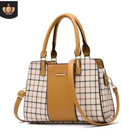 $enCountryForm.capitalKeyWord Australia - 2019 spring and summer Korean version of the new fashion middle-aged female bag shoulder bag Messenger bag Korean version of the handbag#003