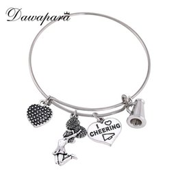 cheerleader charms wholesale Australia - Dawapara Round Shape Heart And Cheerleader Pendant Bracelets For Girls Adjustable I Love Cheering Charm Bracelets For Women