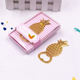 20pcs New Pineapple Bottle Opener Hawaii Wedding Party Decorations Wedding  Favors And Gifts Mariage Favours 5731a06ddbab