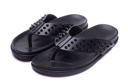 Summer Flip Flop Shoes Australia - Mens Black Leather With Spikes Beach Slippers Causal Shoe Brand Design Red Bottom Sandals Summer Flip Flop Shoes 39-47 Free delivery