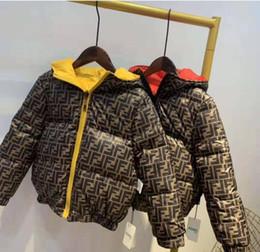 2020 marca infantil Casacos Boy and Girl Hoodie do inverno casaco grosso Crianças Cotton casaco Down Jacket roupas infantis Casacos em Promoção