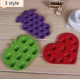 Wholesale Free shipping 500pcs Apple   love   Grape shape ice cube ice lattice Silicone ice tray SN878