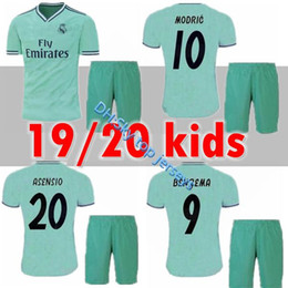 79b944bfc94 2019 2020 New Real Madrid Kids Kit Soccer Jerseys 19 20 Home White Away 3RD  4TH Boy Child Youth Modric ISCO BALE KROOS Football Shirts