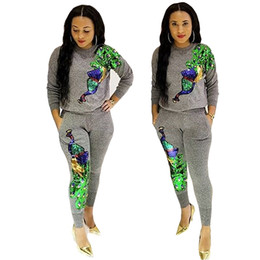 sweat outfits women UK - Wholesale women's autumn and winter exercise fashion peacock sequin stitching sport pants two piece outfit soft women sweat suits