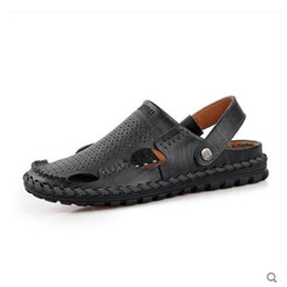 man leather closed toe sandals Canada - Hot Sale-Slippers Outdoor Brown Slides Sport Fashion Shoes Sneakers Breathable Mules Native Closed Toe Water Men Sandals Leather Summer