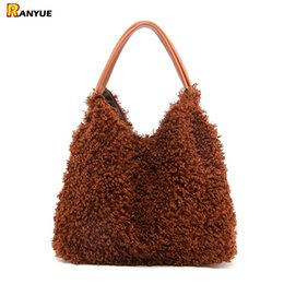 ladies fur handbags Australia - New Autumn Winter Lovely Women Handbags Faux Teddy Fur Fashion Shoulder Bags Top-Handle Bag Big Capacity Bucket Tote Ladies Bags