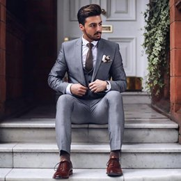 Discount light beige skinny suit - Fashion One Button Light Grey Groom Tuxedos Groomsmen Peak Lapel Mens Suits Blazers (Jacket+Pants+Vest+Tie) W:1271