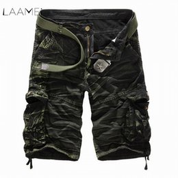 black belt shorts UK - Laamei Camouflage Camo Cargo Shorts Men 2019 New Casual Shorts Male Loose Work Shorts Man Military Short Pants Plus Size No Belt Y19042604