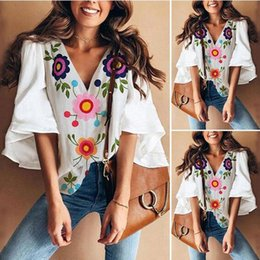 plus size flare shorts 2019 - Women's casual clothes 2019 summer new design Korean version plus size woman shirts trumpet sleeves printed T-shirt