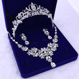 $enCountryForm.capitalKeyWord UK - Europe and the United States wedding brides jewelry wedding necklace crown three sets of new gift box headdress wedding dress accessories