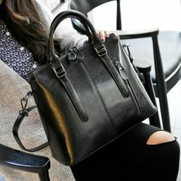 $enCountryForm.capitalKeyWord Australia - Luxury brad Topest Genuine Demeanour Pattern Woman Ma'am Fashion Portable Single Shoulder Oil Wax Cowhide Package Tide Bag