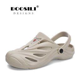 Shoes Men's Sandals 2019 Erkek Ayakkabi Mens Leather Sandal Mens Garden Shoes Summer Sandals High Quality Breathable Clogs Lightweight Big Size