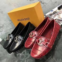 Venta al por mayor de 2019 Nuevo estilo de zapatos casuales zapatos de mujer de alta calidad de piel de vaca venta directa de la marca de fábrica de la marca de fábrica de zapatos de tacón alto descuento especial