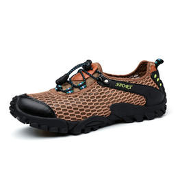 Wholesale Summer Men Hiking Shoes Breathable Mesh Outdoor Men Sneakers Climbing Men Sport Shoes Quick-dry Water Shoes Mountaineering