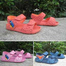 2b4ad9bdd adidas sandals 2019 Verão Meninos e meninas sandálias sapatos de bebê  criança chinelos fundo macio crianças sapatos versão coreana sapatos  crianças