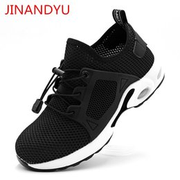 men's breathable summer shoes Australia - Summer Lightweight New Safety Shoes Men's Breathable Work Shoes shatterproof puncture proof soft soles Comfortable Safety Boots