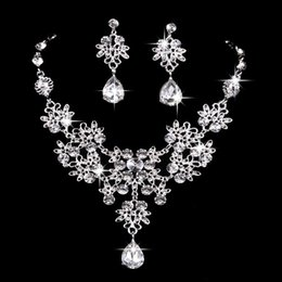 $enCountryForm.capitalKeyWord Australia - 6 colors women Bling Crystal Bridal Jewelry Set silver diamond Wedding statement necklace Dangle Earrings for bride Bridesmaids Accessories
