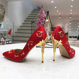 bridesmaids dress shoes NZ - Sexy Fashion Bride's Wedding Shoes Golden Stiletto Heel Red High-heeled Women Pumps Women Point Toes Bridesmaid Shoes Party Dress Shoes 10.5