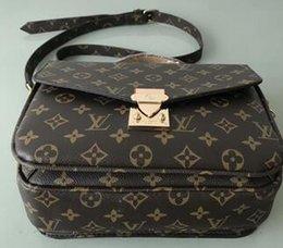 Plate Shoulder Australia - Fashion handbag handbag bracelet bag shoulder bag Wallet phone bag gold-plated hardware accessories free shopping