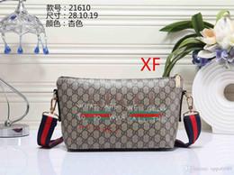 Discount small straw handbags - Women's handbag classic small series of fashion hot mom Lady chain bag elegant bulk corrugated woman Leather Should