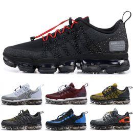 52be45738f7 2019 Run Utility Men Running Shoes Mejor Calidad Negro Antracita Blanco  Reflejo Plata Zapatos de descuento Sport Sneakers Tamaño 40-45
