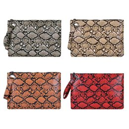 $enCountryForm.capitalKeyWord Australia - Snake Print Wristlet Clutch Women Daily Makeup Bags Purse Soft PU Leather Money Phone Pouch Casual Wallet 2019 Hot Selling