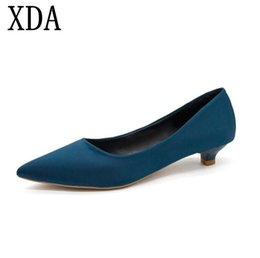 Woman Shoes Low Heels NZ - Designer Dress Shoes Xda 2019 New Style Pumps Women Single Shallow Mouth Low Heel Work Fashion Sexy Pointed Toe Korean Women A332