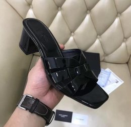 Geniune Leather Shoes Australia - 2019 New Summer Flat Sandals Geniune Cow Leather Slippers Outside Medium-heeled Women's Shoes Open-toed Sandals with box 35-41