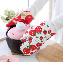 $enCountryForm.capitalKeyWord NZ - 1 piece strawberry cotton fashion Nordic kitchen cooking microwave gloves baking barbecue insulation mat oven gloves