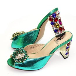 italian showers NZ - New Arrival African Woman Sandals with Rhinestones Italian Fashion High Heels Party Shoes Women Wedding Slipper Luxury Sandals