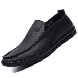 Leather Lining men dress shoes online shopping - e220 Hot Men loafer male leather Dress Shoes celebrity style moccasin gentlemen pig leather lining shoes New embroidery fashion for men lea