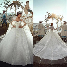 Discount shiny wedding dress sweetheart Dubai Arabic Lace Ball Gown Wedding Dresses With Shiny Beads Veil Cape Long Tail Gorgeous Sweethart Chapel Train Vestido