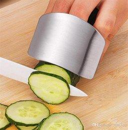 Venta al por mayor de herramientas de protección de los dedos de acero inoxidable, corte en rodajas de seguridad, accesorios de cocina Protector de dedos, Mobiliario de cocina Cooking Gadgets T5I003