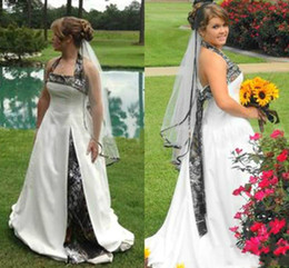 ce4f0cb9fd758 Fashion Country Camo Wedding Dresses Plus Size Halter Sleeveless Realtree  Hippie Boho Wedding Dress Vintage Camouflage Bridal Gown Cheap
