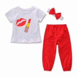 $enCountryForm.capitalKeyWord UK - 2019 baby girl summer outfits fashion childrens boutique clothing kids girls bows headband lipstick print shirts red pants 3pcs sets clothes