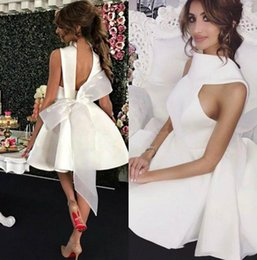 $enCountryForm.capitalKeyWord Australia - Sexy Open Back Short White Satin Prom Dresses 2019 Unique Design Knee Length Homecoming Dress With Bow Back Cheap Girls Cocktail Party Dress