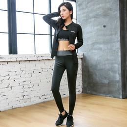 $enCountryForm.capitalKeyWord NZ - 3 Piece Set Letter Long Sleeve Workout Top Coat Trousers Bra Sports Wear Women Activewear Gym Clothes Sport Yoga Pants Leggings #180581