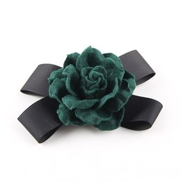 costume flower brooch Canada - Fashion Classic Women Faux Wool Fabric Rose Handmade Flower Black Ribbon Bow Brooch Lapel Pin Costume Jewelry Accessory Gifts