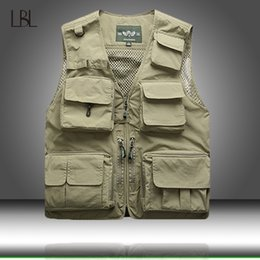 photographers mesh vests NZ - Men Unloading Tactical Vest Coat Fashion Men's Summer Photographer Waistcoat Mesh Work Sleeveless Jacket Tool Many Pocket Vest T200620
