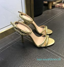sale high heels Canada - Hot Sale-High Heel Platform Sandals Designer Women Summer Runway Heels Peep Toe Models Fottwear Shoes Luxury Designer Chain Shoes t81