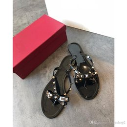 brown rubber flip flops Australia - New Summer Women Flip Flops Slippers Flat Sandals Bow Rivet Fashion Pvc Crystal Beach Shoes