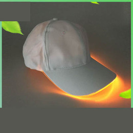 fiber optic ball Australia - Creative Led Luminous Baseball Hats Women Party Travel Hat Men Hockey Snapback Ball Caps Unisex Fiber Optic Sun Visor Cap TTA730