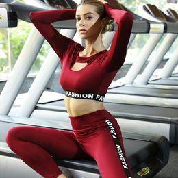 $enCountryForm.capitalKeyWord Canada - 2pcs Women Yoga Fitnes Fashion Long Sleeve Bra+long Pants Solid Piecing Slim High Elastic Tight Hip Sports Running Suit C19041201