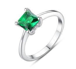 f1e57f85a9de Esmeralda mujer simple circón anillo de dedo de piedra 925 plata esterlina  joyería de las mujeres Prom boda anillos de compromiso regalo de la marca