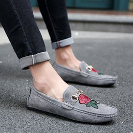 Men Loafers Shoes cow suede Leather Moccasin Slip On Casual Boat Shoes  breathable Male Flats Driving Shoes Zapatos Hombre 888a0958428f