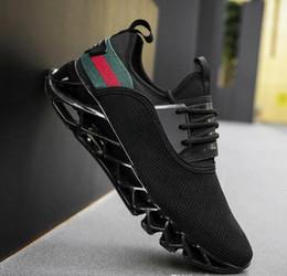 size 40 4f920 b8b17 Le scarpe sportive tessute volanti degli uomini di versione 2.0up di  aggiornamento più caldi Scarpe all aperto indossabili respirabili  respirabili Scarpe da ...