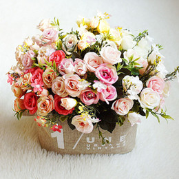 artificial camellia bouquet UK - New arrival yiwu wholesale cheap little silk artificial flower Bride holding flowers camellia rose bouquet for home wedding decoration