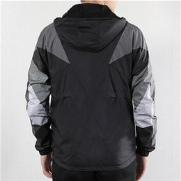 $enCountryForm.capitalKeyWord Australia - Designers Mens Women 2 Mix Color Fashion Windbreaker Jacktes Autumn Fall Coat Casual Hooded Zipper Contrast Light High Quality LSY19887