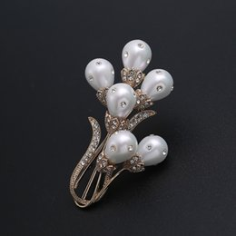 $enCountryForm.capitalKeyWord Canada - wholesale Mirco Pave CZ Zircon Pins and Brooches Big Flower Mother of Pearls Brooch for Women Dress Decoration Fashion Jewelry